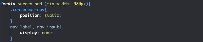 On ajoute une position static à notre menu responsive HTML et CSS